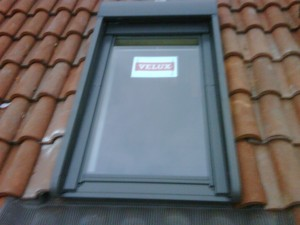 Check up finestre per tetto rodengo saiano for Velux finestre assistenza