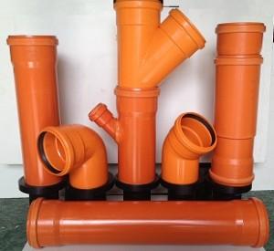 Tubi e raccordi pvc arancio con guarnizione napoli for Raccordi per tubi in rame e plastica