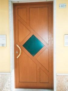 Porte d'ingresso alluminio verniciato legno : (Povegliano Veronese)