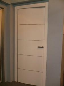 Porte intere a battente, scorrevoli interno ed esterno muro, a libro ...