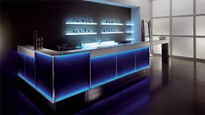 Banco bar mod skinner mathi for Bar maison torino