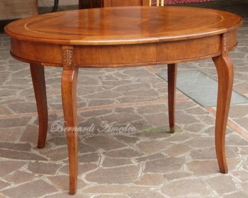 Tavolo ovale allungabile da sala ros for Tavoli rotondi classici