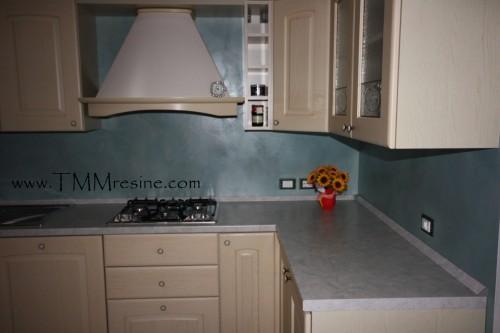 rivestimento in resina cucina