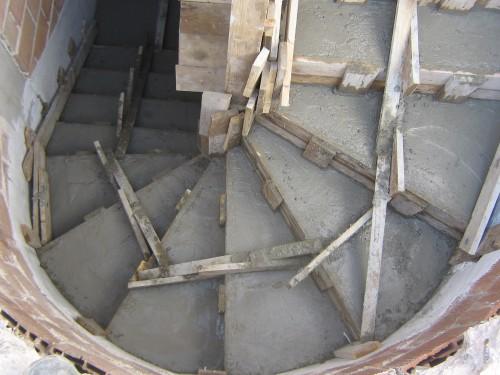 Scala in cemento armato lucca for Cemento armato cile