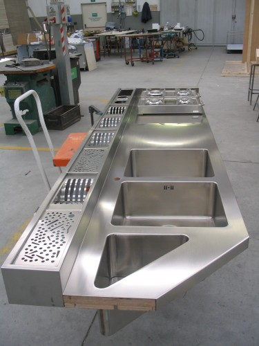 Mobili arredo acciaio inox morbegno - Mobili in acciaio ...