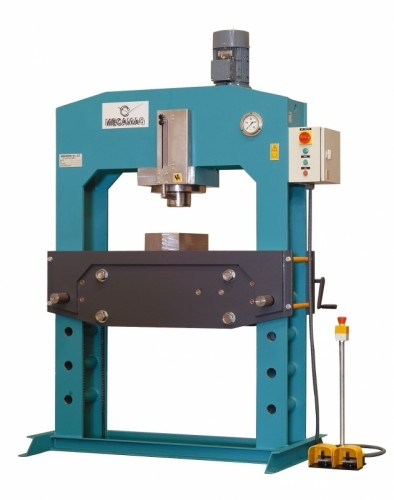 Pressa idraulica 150 tons nuova modello de albano laziale for Pressa idraulica 100 ton usata