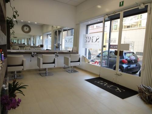 Sciate 39 parrucchieri via tortona milano for Arredamento parrucchieri milano