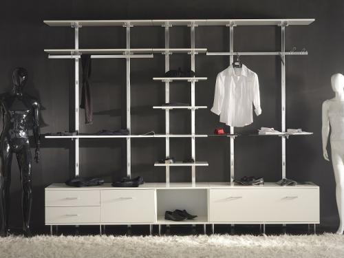 Arredamento per negozi di abbigliamento cardano al campo for Negozi arredamento design roma