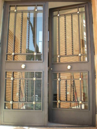 Cancello condominiale con vetro 10 11 inciso 1 roma for Porte blindate a due ante prezzi