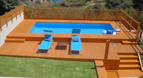 Piscina e solarium in legno priolo gargallo - Piscine fuori terra con solarium ...