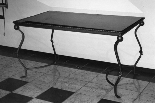 Tavoli in ferro battuto calci for Tavoli in ferro battuto