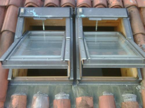 Manutenzione lucernari abbaini finestre originali for Finestre per abbaini