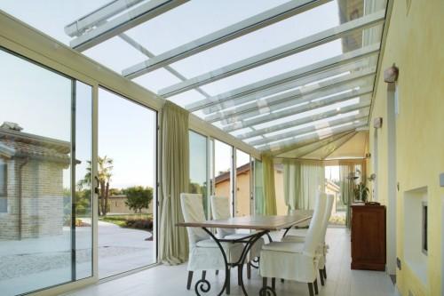 Giardini d 39 inverno e serre bioclimatiche cant - Verande mobili per balconi ...