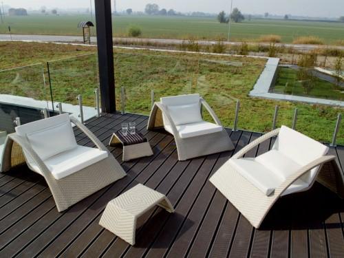 Salotti da giardino grosseto for Offerte divanetti per esterno