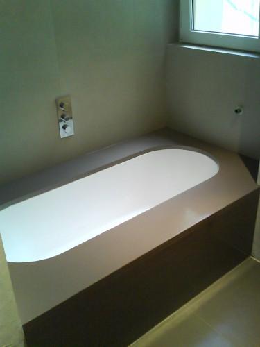 Rivestimenti in resina firenze - Resina per pareti bagno ...