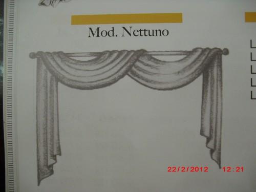 Realizzazione di mantovane per tende porto recanati for Modelli di mantovane