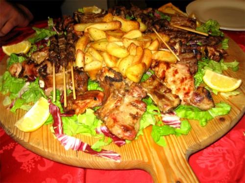 Secondi piatti cucina casareccia tipica romana roma for Cucina atipica roma