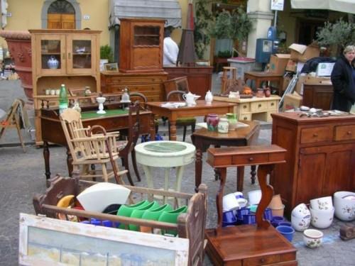 Restauro e recupero di vecchi mobili scarperia - Recupero mobili ...