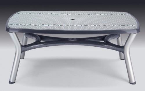 Tavolo in resina con gambe in alluminio anodizzate mod - Tavoli in resina da esterno ...