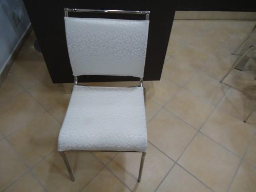 Tavoli e sedie mondragone for Consales arredamenti