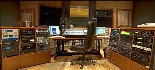 Farmhouse studio di registrazione rimini - Studio di registrazione casalingo ...