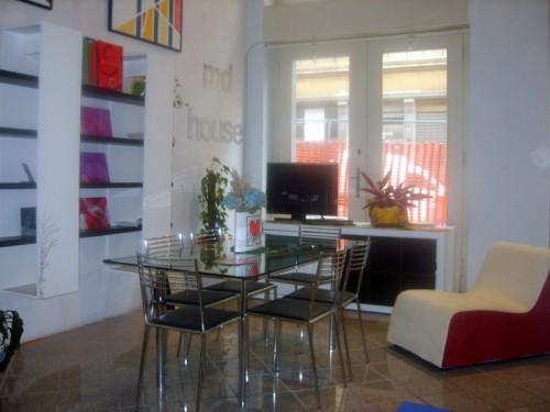 L 39 atelier della casa trieste for Vendita mobili trieste