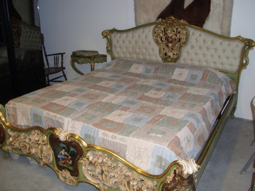 Vendita mobili usati e antichi besana in brianza for Mobili 900 vendita