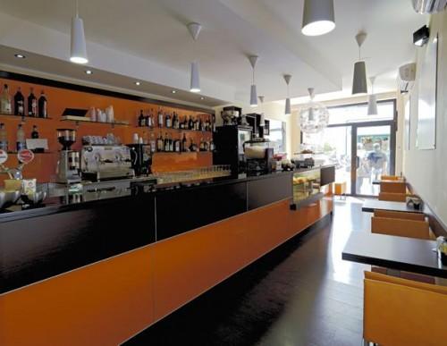 Banchi bar prezzi banchi bar banconi bar produttori di for Renato russo arredamenti