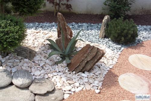 Ciottoli arredo giardino ladispoli - Giardini con pietre bianche ...