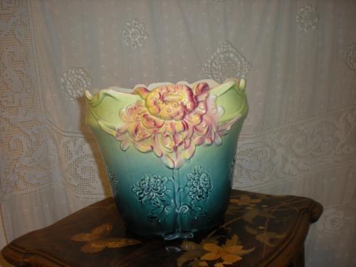 crisantemi cache pot barbotine fives lille torino. Black Bedroom Furniture Sets. Home Design Ideas