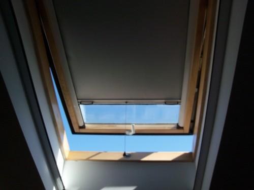 Zanzariere e tende a rullo oscuranti per tutti i tipi di lucernai torino - Velux finestre per tetti listino prezzi ...