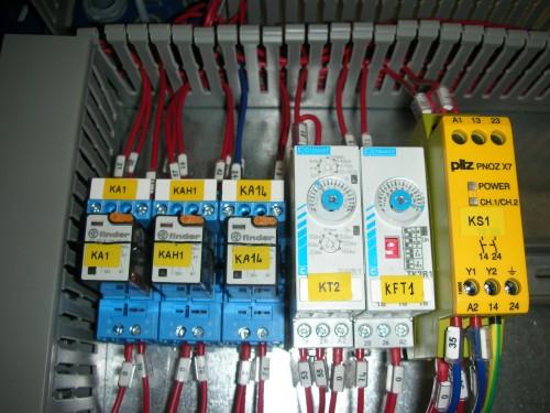 Schemi Cablaggi Elettrici : Cablaggio e collaudo quadri elettrici : riccione