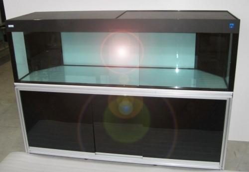 Produzione e vendita acquari per astici e attrezzatura for Acquari usati in vendita