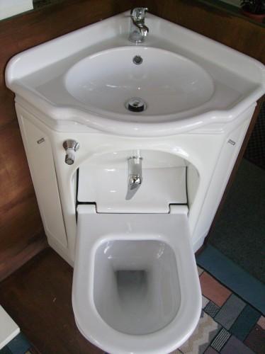 Sanitari E Arredo Bagno : Compact angolare wc bide colbordolo