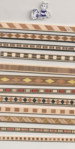 Bricomm bordi decorativi senza colla meda for Bordi decorativi per pareti