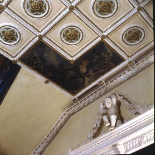 Restauro soffitto con stucchi e dipinti : (Susegana)