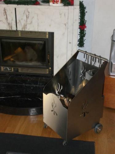 Carrello portalegna in acciaio inox casier for Carrello portalegna da arredamento