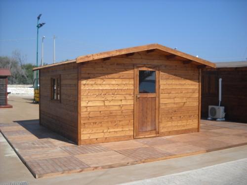 Casa in legno 4 00x4 00 priolo gargallo for Finestra 70x100