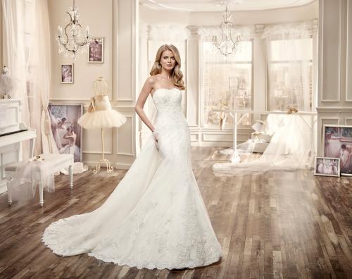 Abiti da sposa e cerimonia fondi