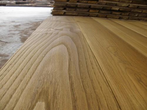 Tavole castagno piallate - Tavole legno massello piallate ...