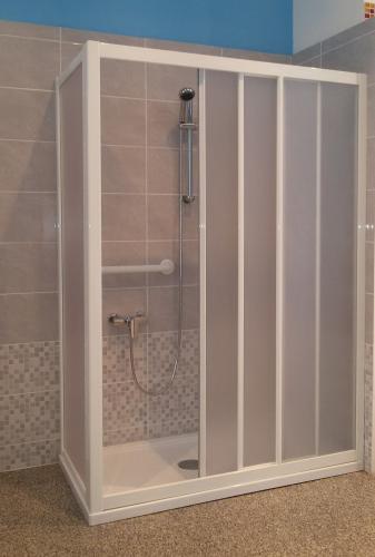 Imperiale trasformazione vasca in doccia vasche con - Trasformazione vasca in doccia torino ...