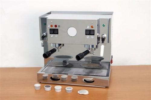 Macchina cialde capsule 2 gruppi professionale brescia - Macchina del caffe bar ...