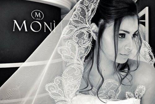 ... Monì Spose realizzate dalla nota Stilista e Fashion Designer Monica  Billeci f92e7f808a2