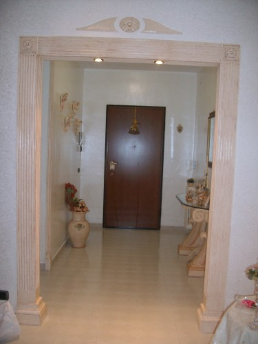 Portali e finestre taranto for Cornici in polistirolo per quadri