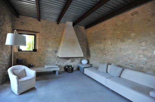 Pavimento in resina effetto cemento rosignano solvay for Pavimento in cemento