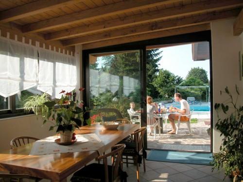 B b villa monterosa castronno for Arredo veranda