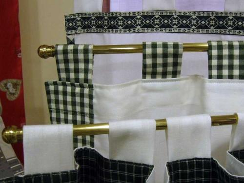 Bastoni per tende oulx for Tende per abitazione