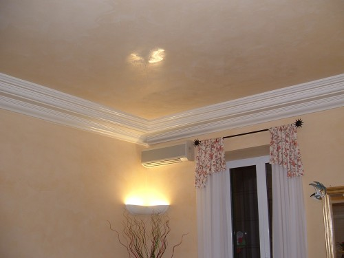 Pucci stucchi pittura e decorazioni roma - Decori in gesso per interni ...