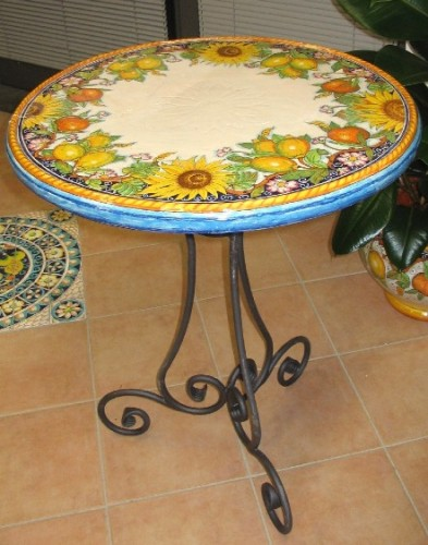 tavoli in ceramica : Tavoli in ceramica ,tondi o mezzaluna cm 62