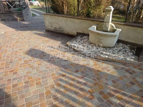 Porfido trentino pavimentazioni avi porfidi s r l - Posa pavimenti esterni in porfido costo al mq ...